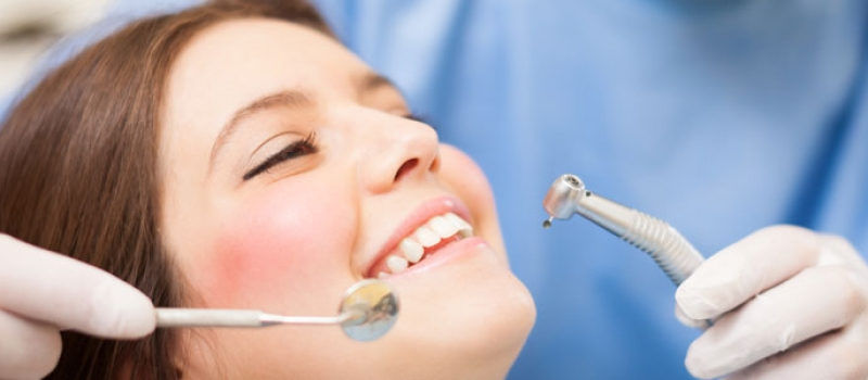 Taking Treatment of Invisalign? Know Their Advantages and Disadvantages Here